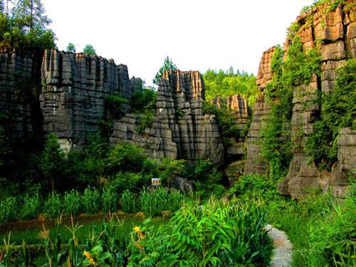 梭布垭石林自然风景区